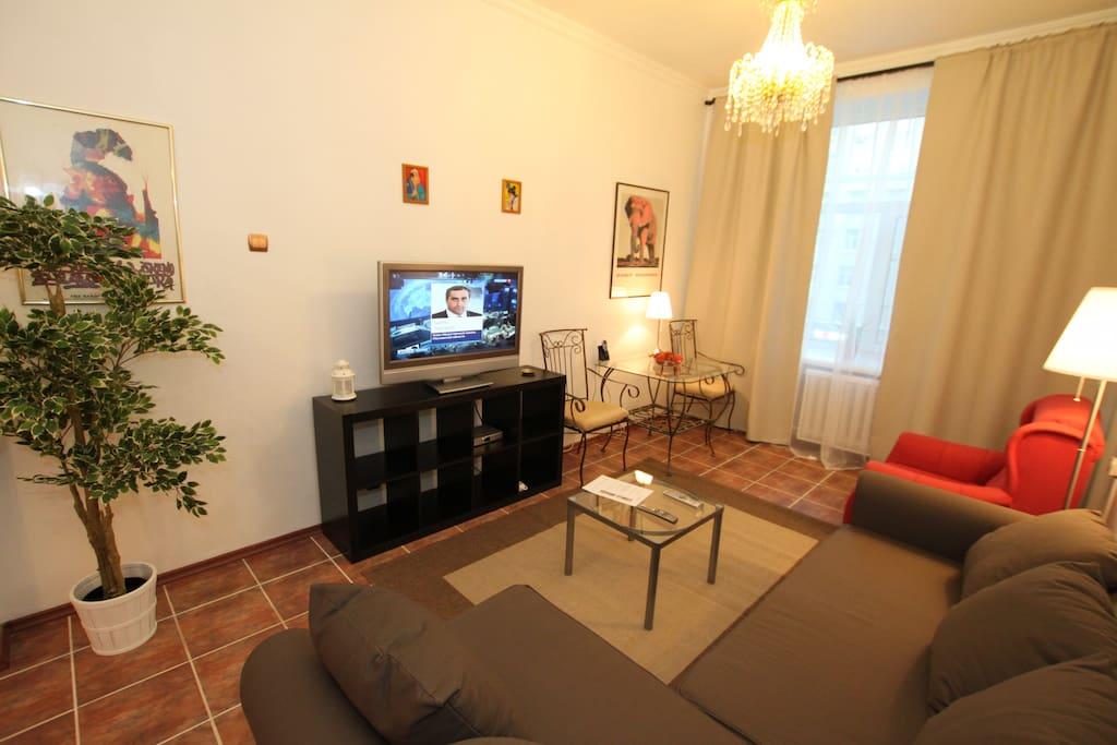 The apartment has everything you need / В квартире есть все необходимое