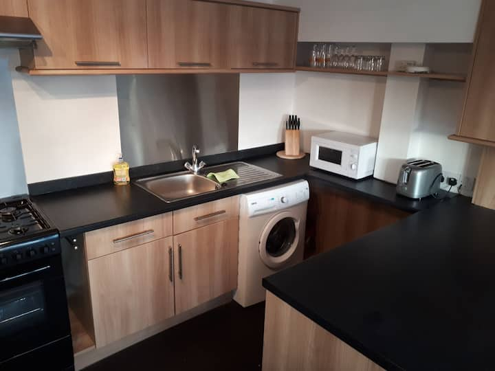 RentUnique Spinney SpaciousSuper Snug 1 bed home.