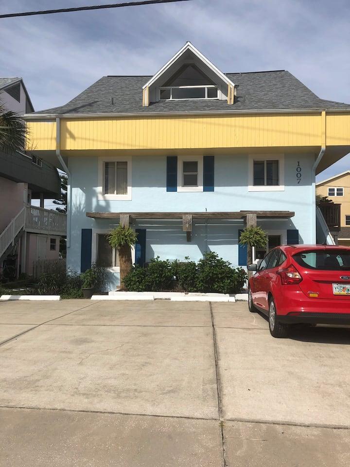 Family Seaside Inn