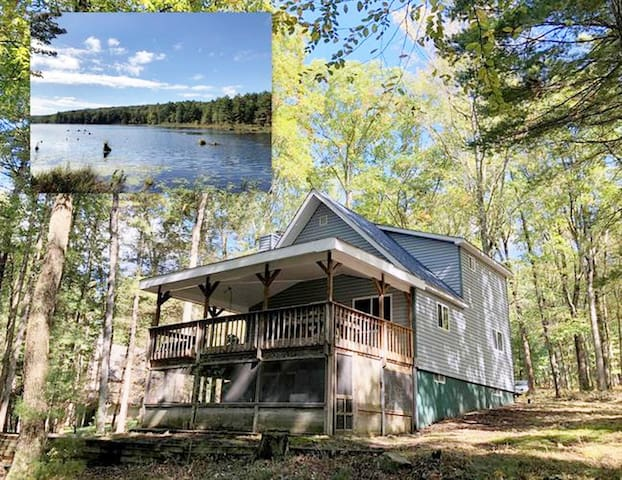 Beautiful Lakefront Chalet in the Poconos!