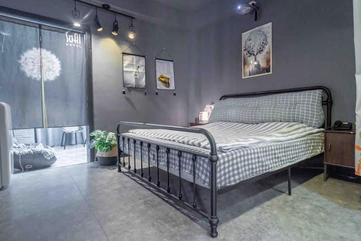南长街/阳春巷/日航酒店 SUAI(宿爱)灰色系露台浴缸房