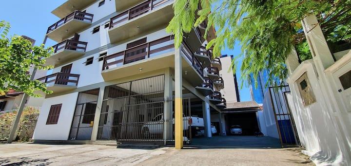 Quarto 24/Hotel - 600m da praia, centro de Torres