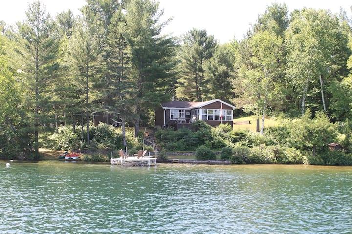 Perfect Cottage on Pristine Lake