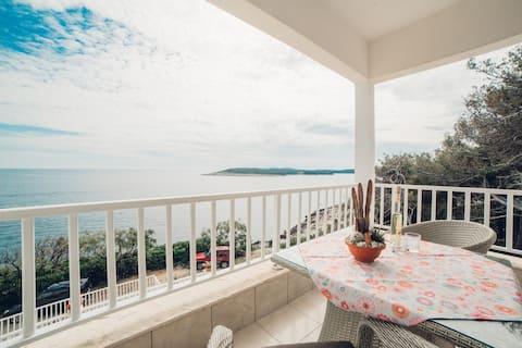 Номер с балконом и потрясающим видом