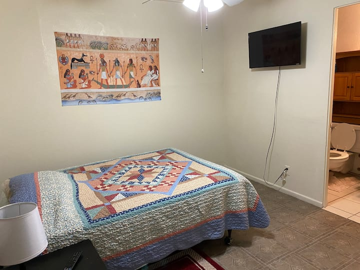 Furnished Master Bedroom Private Bathroom UofA