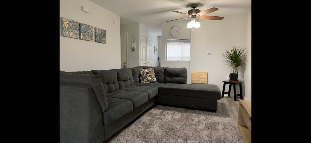 Cozy Condo Near Downtown But Closer To Home