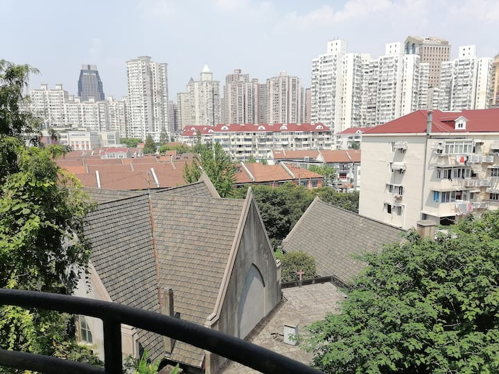 Location!  Lane house in the Heart of Shanghai
