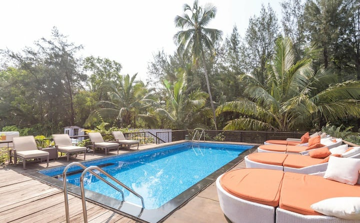Comfort Stay With Pool 5Min-Baga Beach FHR