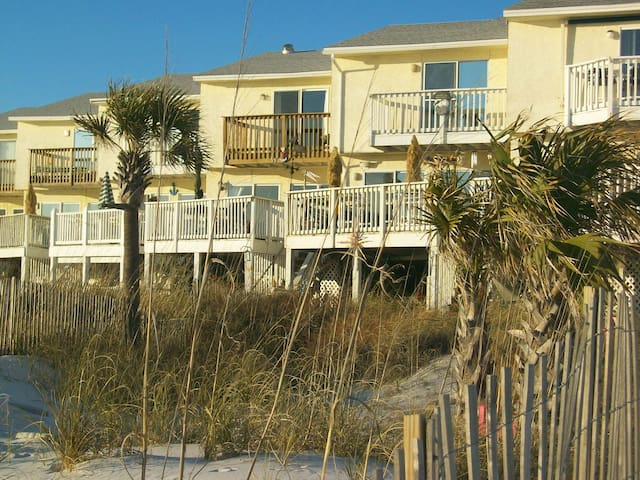 REAL DEAL BEACH FRONT - Panama City Beach - Villa
