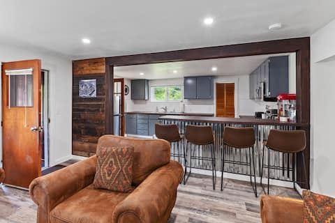 The Rusty Nickel- A Fully Remodeled Home