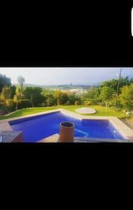 Casa con alberca caliente vistaoro - Chapala, Jalisco, MX
