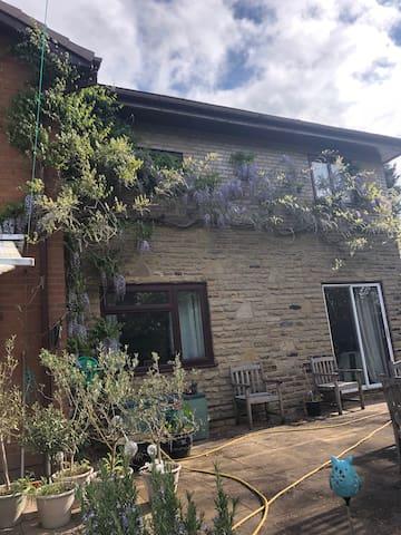The granny flat at new house farm