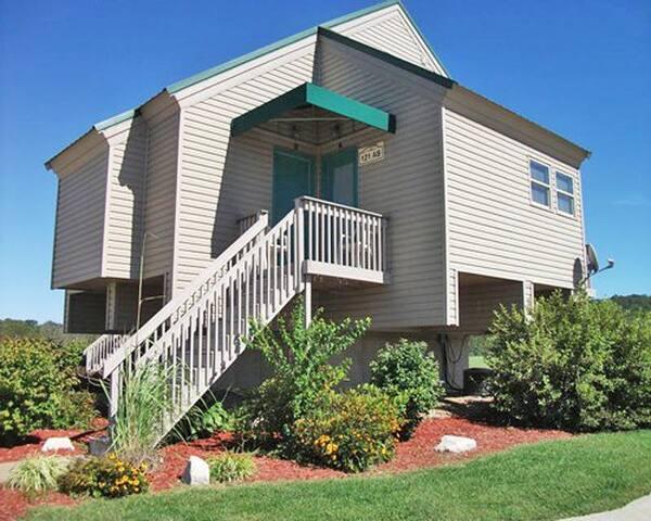 *Clarksville, MO, Hotel #1 /5772 - Clarksville - Apartemen