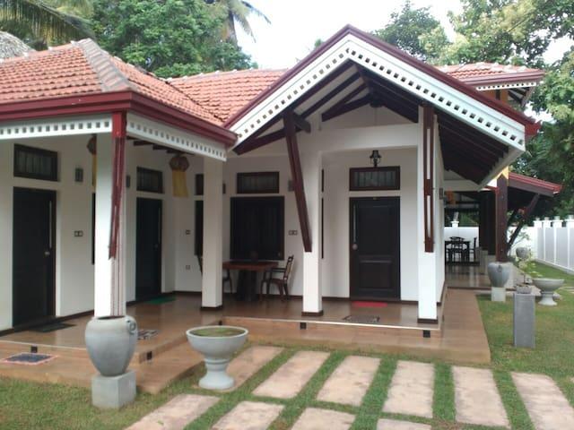 Sayo Villa - Kochchikade - Guesthouse