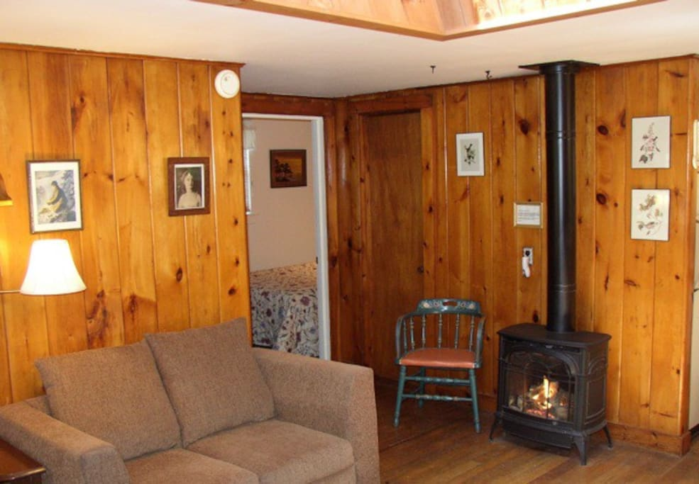 The Pine Cottage Living Area