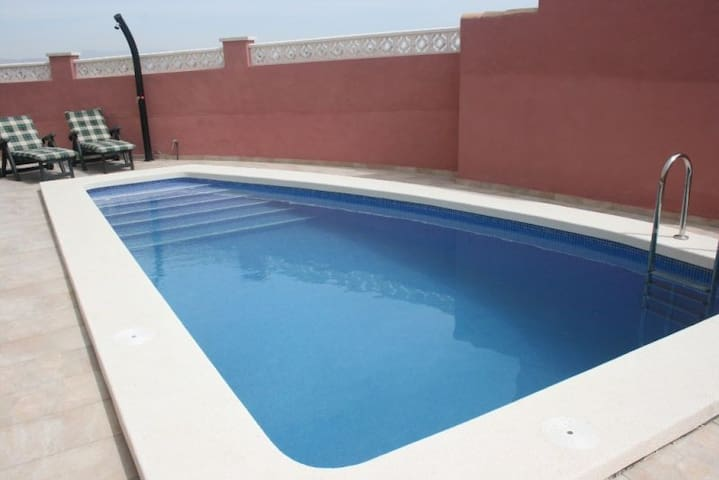 Holiday house with private pool
