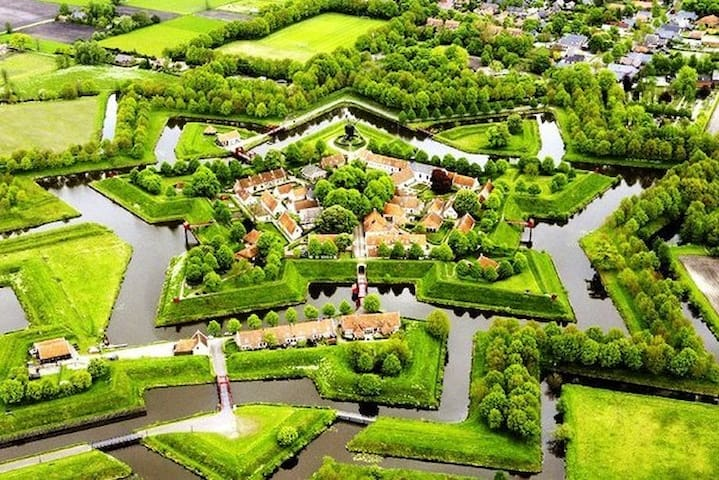 Bourtange is at 40 km and it is one of the most beautiful villages in the Netherlands. There are many restaurants and cafés to spend a nice day with familie or friends.