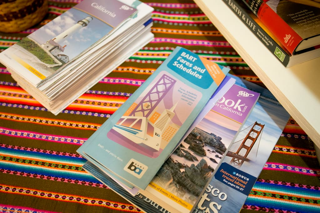 Brochures & maps covering the Bay Area