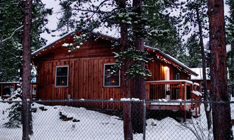 Ski cabin in old town nederland houses for rent in for Nederland cabin rental