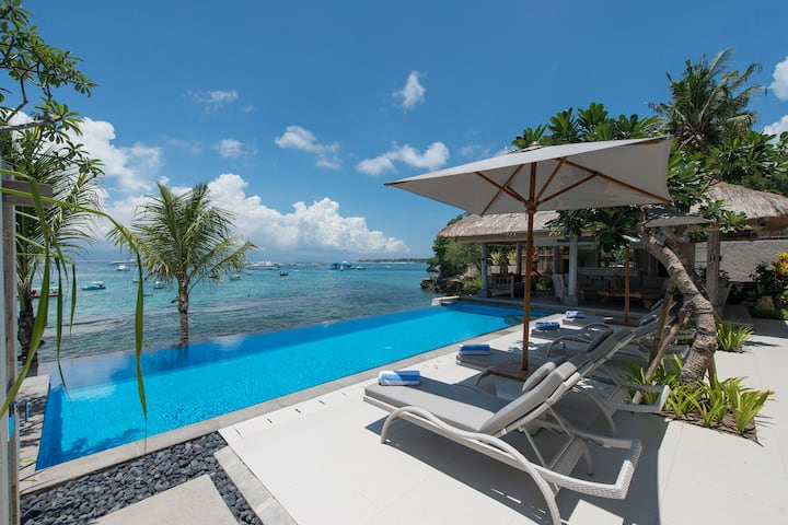 Villa Coral -4 bedroom beachfront villa Lembongan
