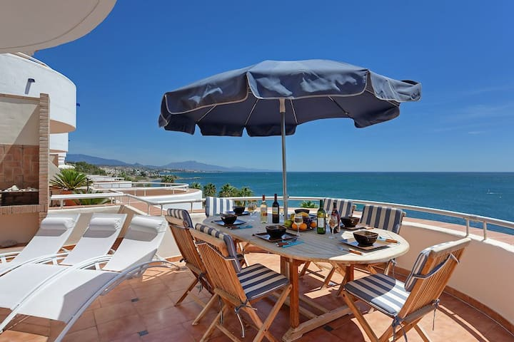 Sea Front two-story Penthouse - Málaga - Byt