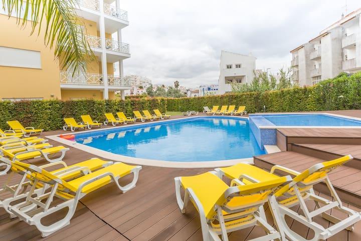 Luxury modern 1 bedroom apartment Albufeira center