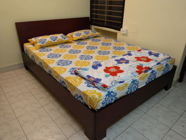 Comfort AC Room @ Pondicherry Stuti Apts