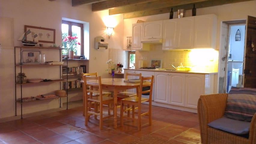 Garden Cottage - Chenac-Saint-Seurin-d'Uzet - Huis