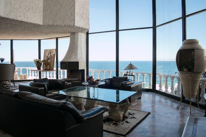 5,500 Square Foot Oceanfront Villa
