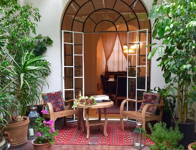 Gorgeous Condesa Home and Garden - Città del Messico - Bed & Breakfast