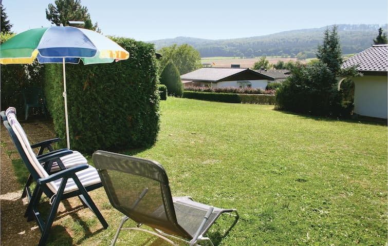 Holiday cottage with 2 bedrooms on 67 m² DHE213