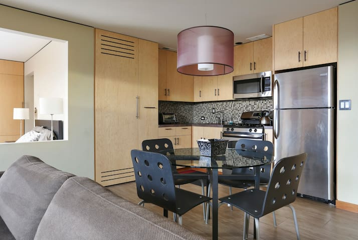 Modern Studio Apartment - South San Francisco - South San Francisco - Appartement