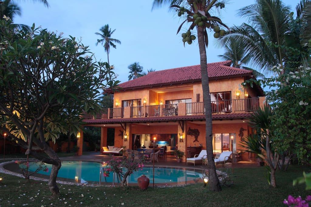 A Luxury Beach House In Cebu Houses For Rent In Carmen