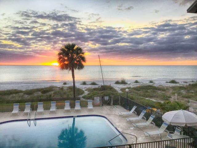 Gulf Breeze Condo - Indian Shores  - Dom