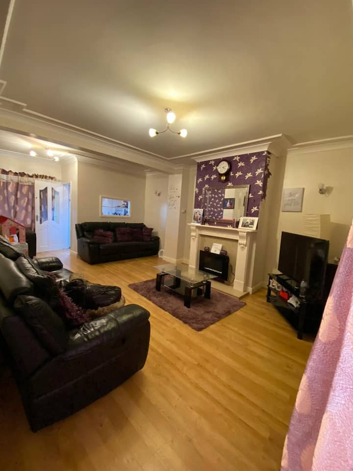 Unique, Spacious & Affordable 3 Bed House