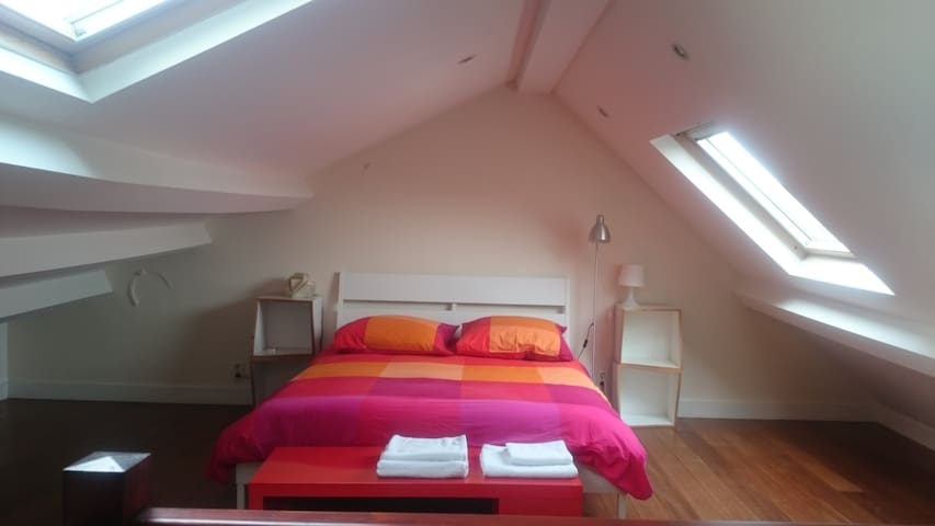 Charming, Cozy and Central in BXL! (2 rooms) - Saint-Gilles - House
