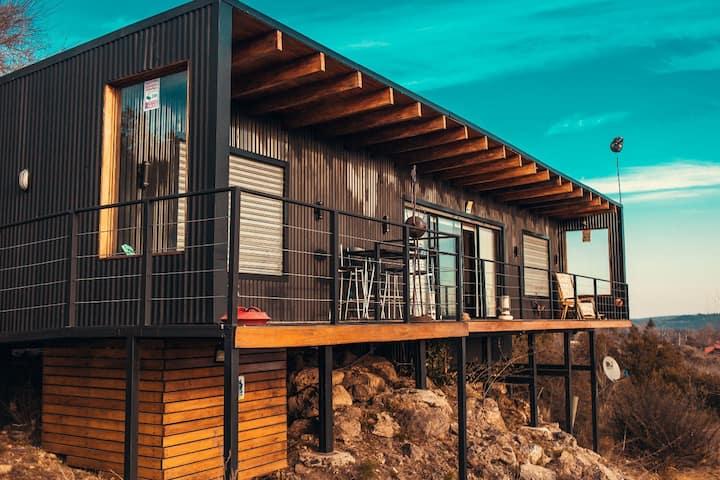 La Preta / Casa en la reserva natural Portecelo