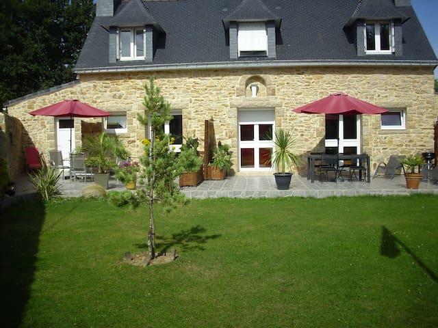 CHAMBRE D'HOTES CHEZ ERIC - Ploeren - House