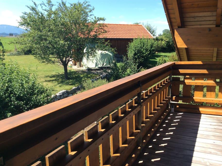 Balkon mit Bergblick