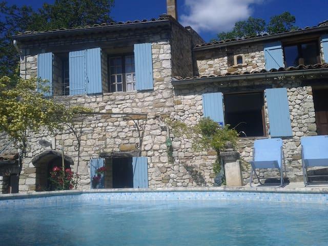 villa du maronnier  - Oppedette - วิลล่า
