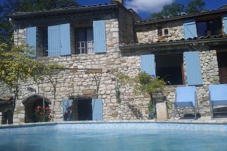 villa du maronnier  - Oppedette - Huvila