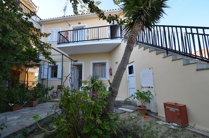 NEW Independent Studio 250m from the sea! - Vasilikos - Apartemen