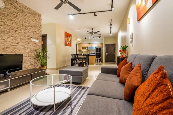 Entire Modern Condominium 10 mins from KL Sentral