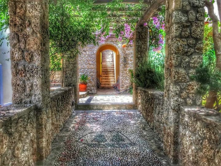 Spetses Complex House
