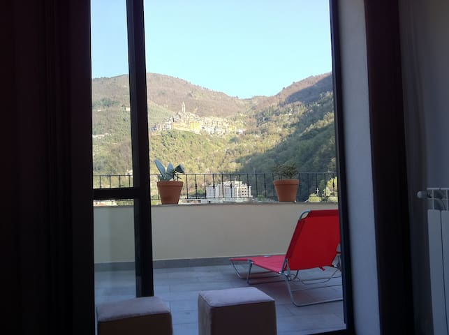 Apartment with beautiful view - Pigna - Appartement
