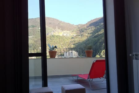 Apartment with beautiful view - Pigna - Lejlighed
