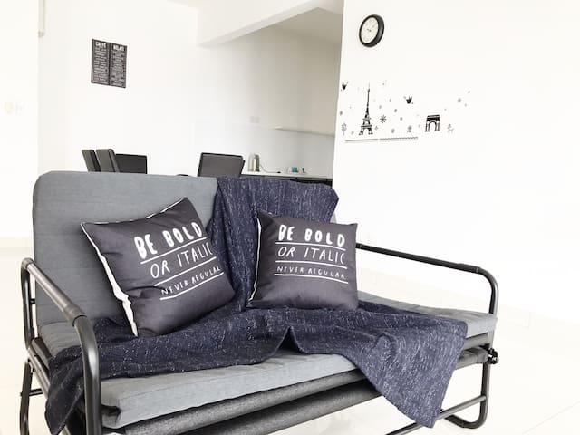 3 Rooms Luxury Condo, MRT@Cheras to Bukit Bintang