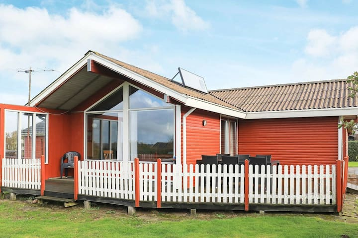 Fabulous Holiday Home in Vinderup near Sea