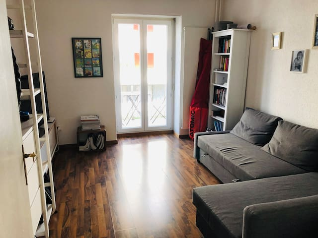 2-room + balcony apartment in hip neighbourhood