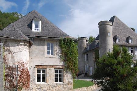 La Loge Du Chateau De Pouech - Saint-Girons